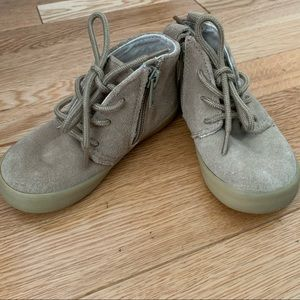 Gap boots tan for toddler size 7